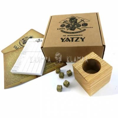 """Настільна гра """"Yatzy"""""""